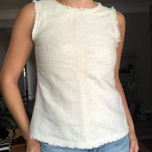 BANANA REPUBLIC textured sleeveless shirt